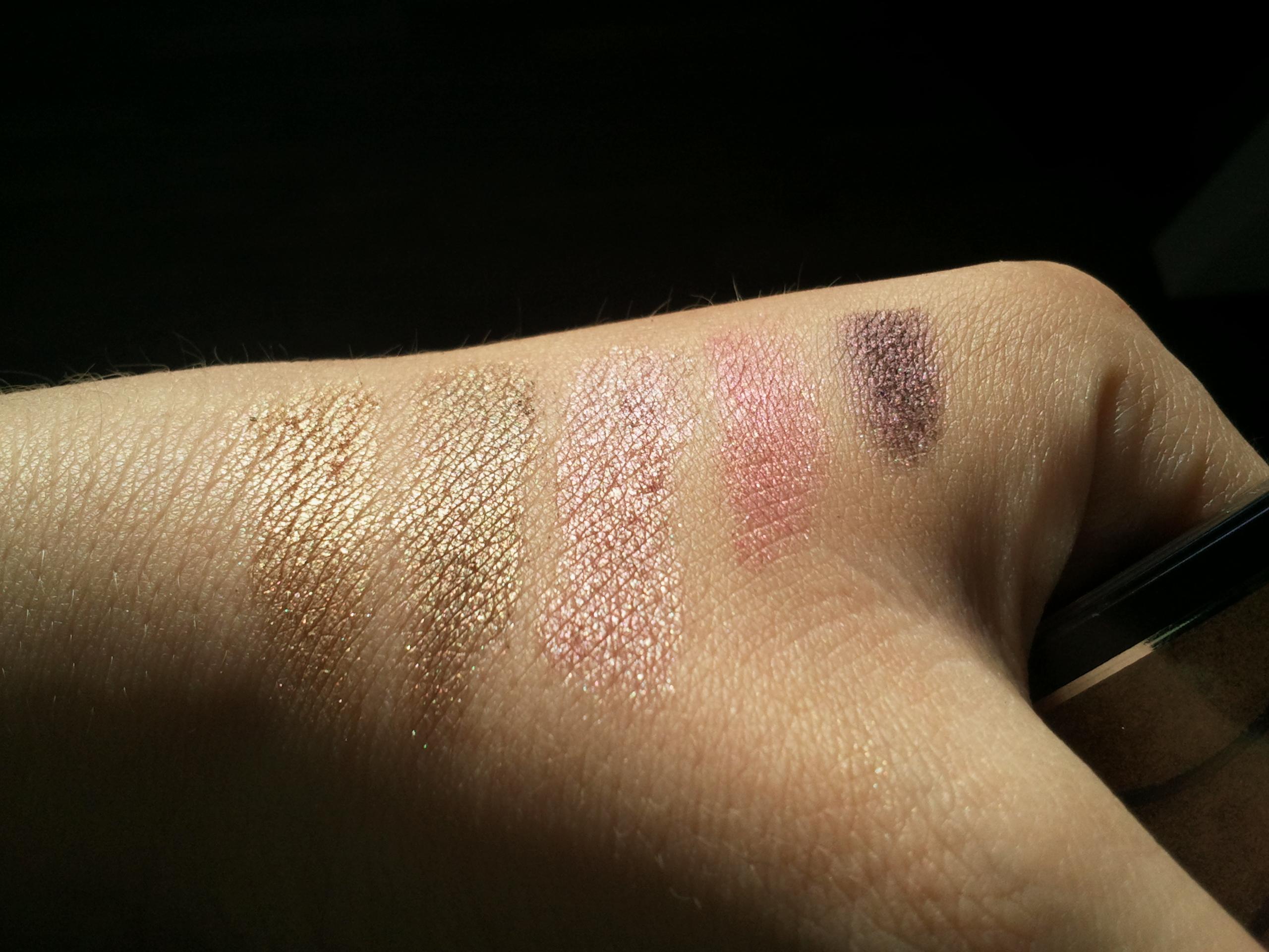 test-astor-eyes shadow