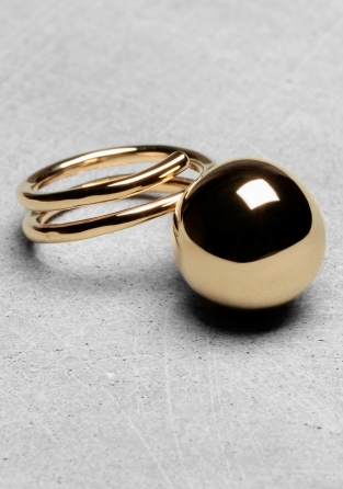 Stories-Ball-Ring