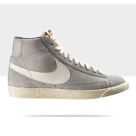 Nike-Blazer-Premium-Mid-Retro-Sneaker