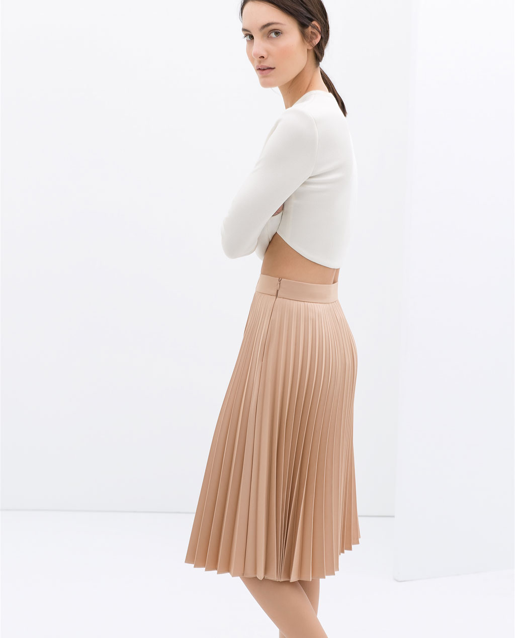 Zara-Look-1-Faltenrock-Cropped-Top