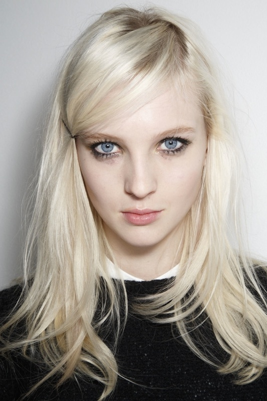 frisuren-haare-trends-trendfrisuren-new-york-fashion-week-seitenscheitel-02