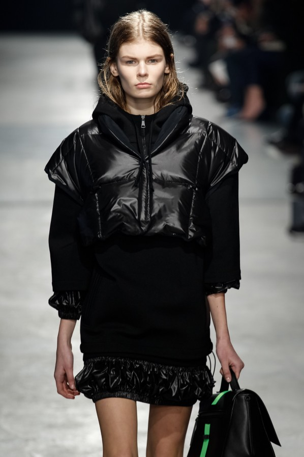 christopher-kane-fashion-week-new-york-faux-bob-trend-frisur