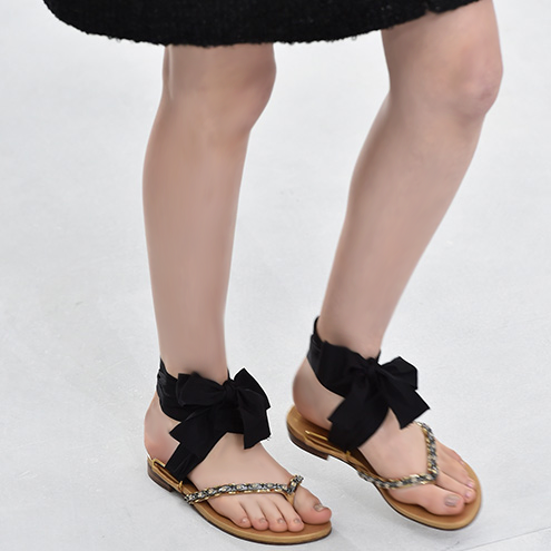 Trend-flip-flop-schleife-chanel-haute-couture-aw-2014-2015